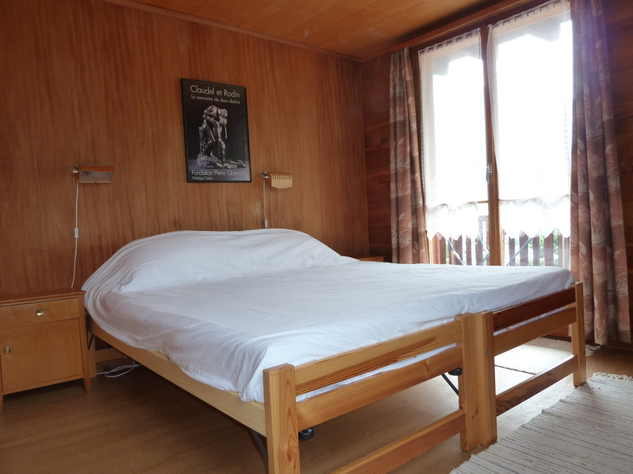 accommodation for climbing courses arolla alps