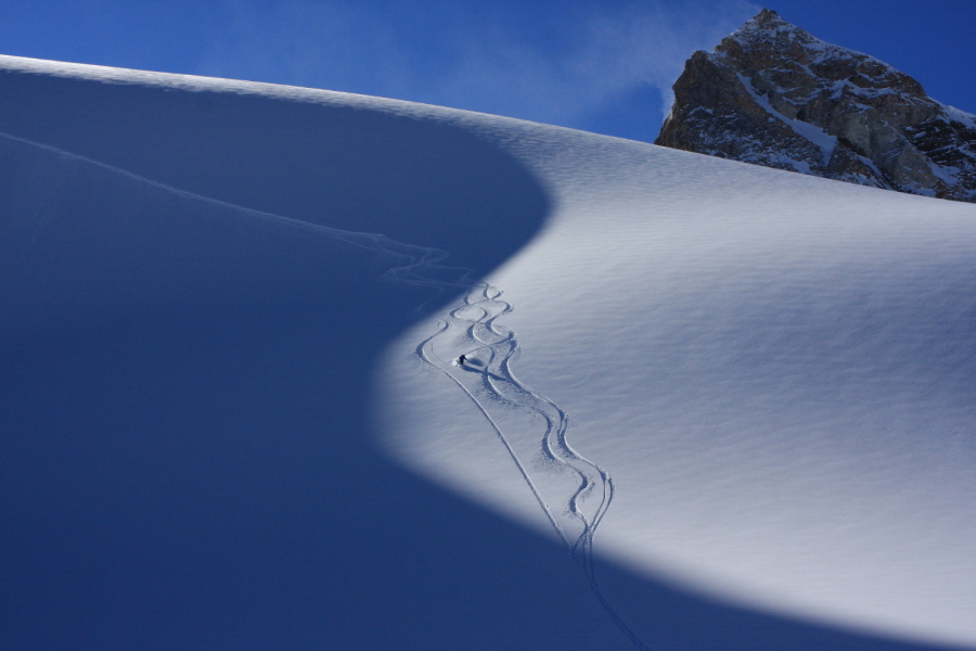 "Great Off Piste conditions on the improvised ""Haute Route""!"