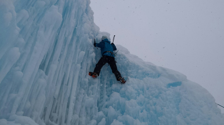 ice climbing arolla mountain guide introduction course