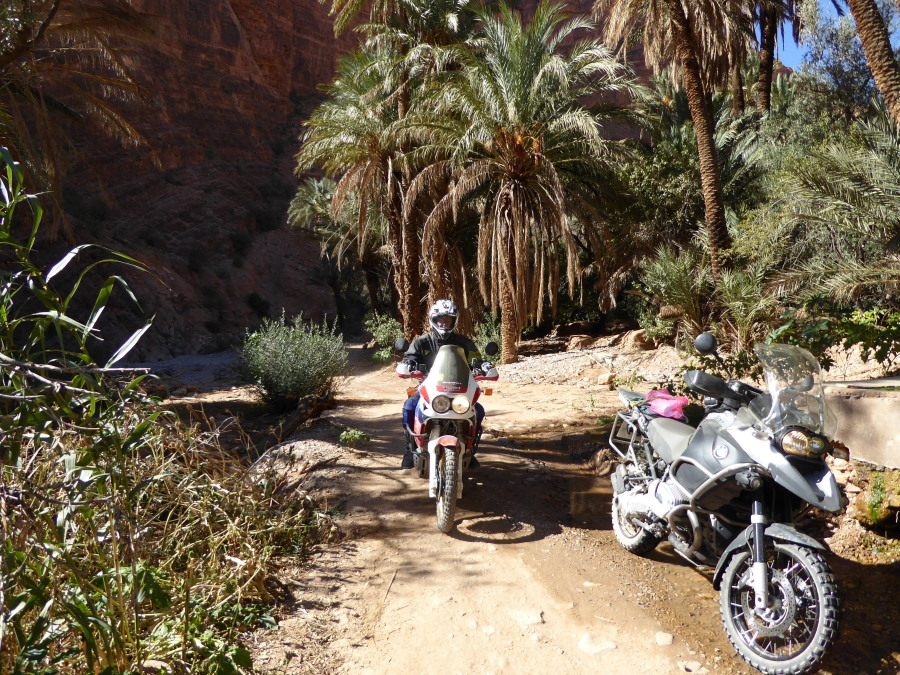 Motorbiking Tizerkine gorge nr Tafraoute Guide