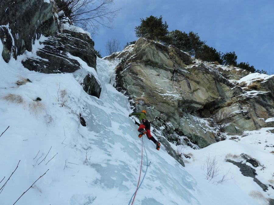 ice climbing arolla l'Usine Electrique