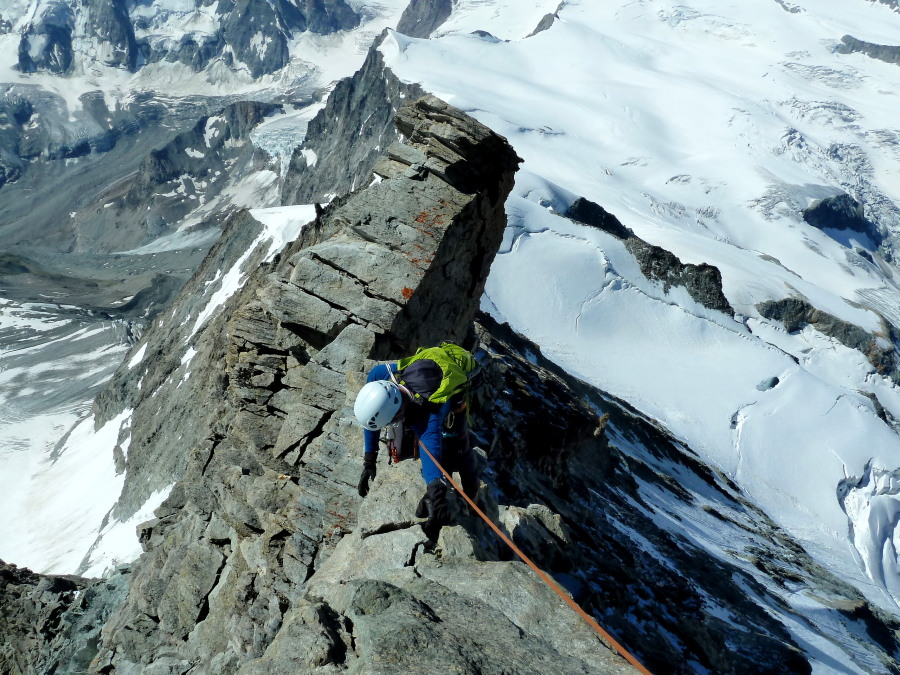 Airy climbing on the Dent Blanche descent