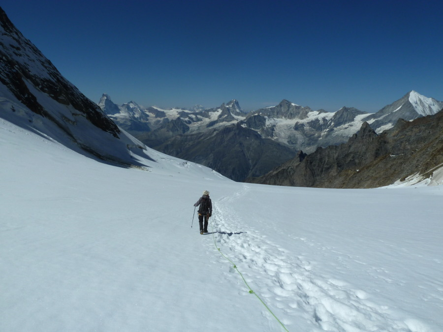 mountaineering courses with British mountain guides