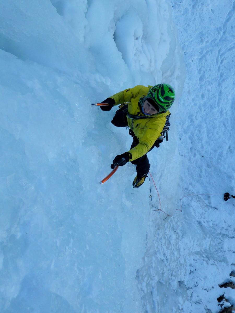 Climber following us on pitch 1 - Lau Bij, Cogne