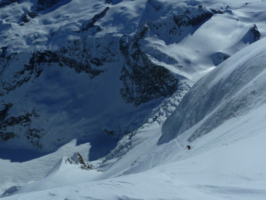 Steep skiing on the Tsalion East Face