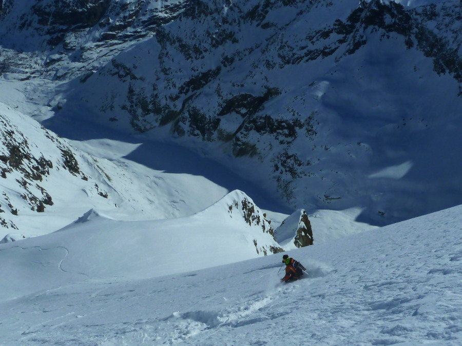 Skiing the Mont Miné Glacier with Frost Guiding