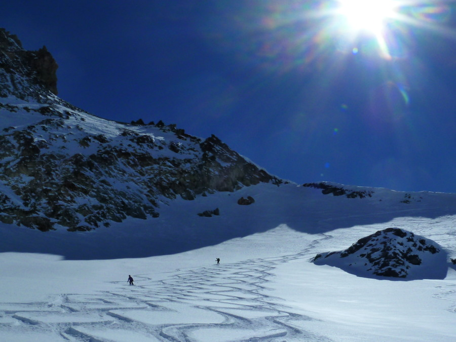 Skiing fresh tracks below the Col de Cheilon