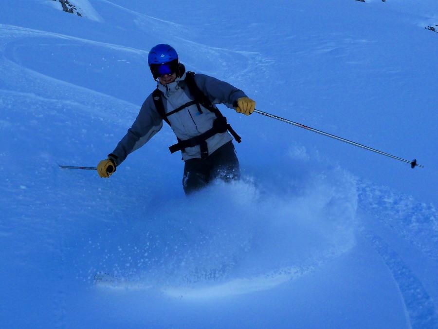Off Piste skiing in Arolla