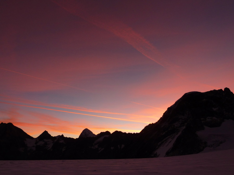 Dawn from the Col de Chermotane