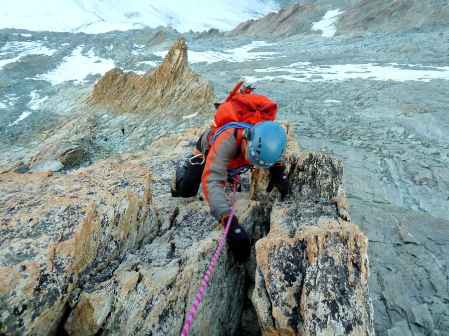 Climbing Dent Blanche Grand Gendarme