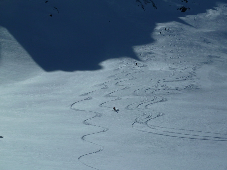 Big turns in the Vallon de Réchy