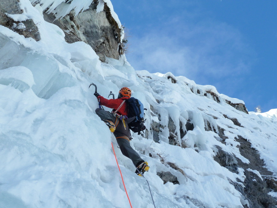 Introduction Ice Climbing IFMGA Mountain Guide