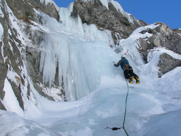 Intermediate Ice Climbing Course British Guide