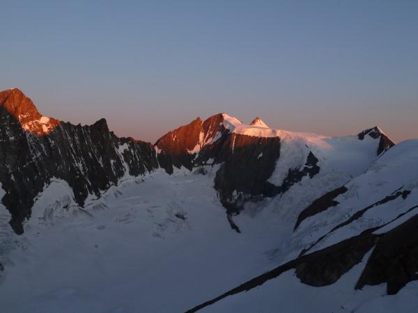 Grunhorn and Fiescherhorns at dawns
