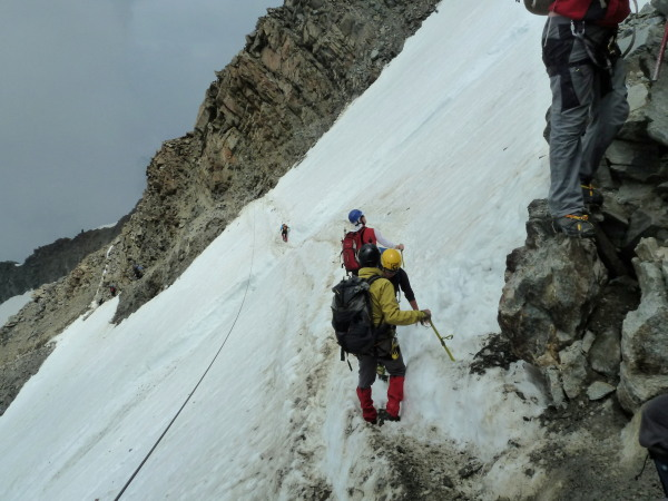 crazy Russians crossing the Grand couloir