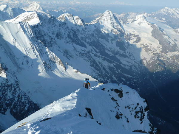 Jungfrau summit ridge