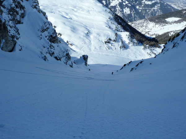 On the way up, all couloirs are long! Only 73 kick turns to go...