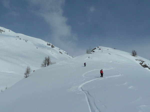 Skiing to Mondraleche