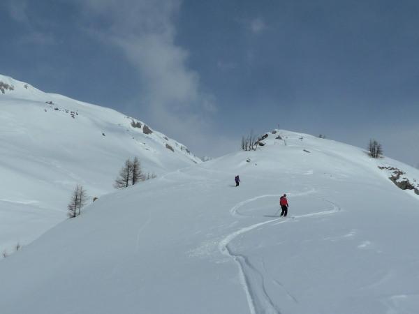 Skiing to Mondraleche