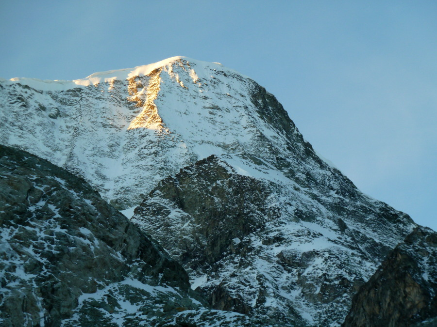 Upper part of the Pigne d'Arolla North Face
