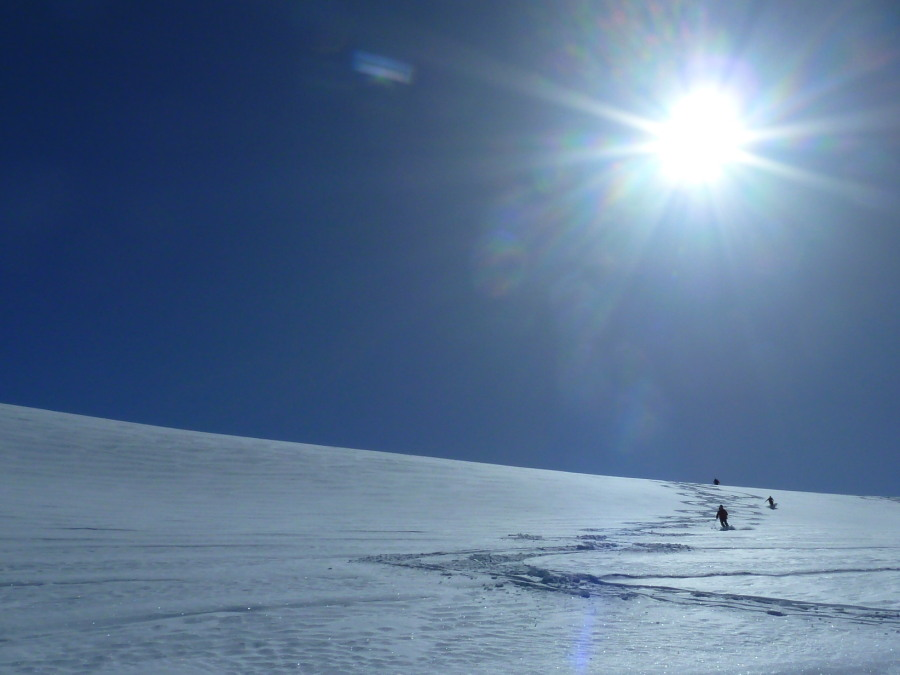 Skiing off the top of the Pointe de Vouasson. Perfect.