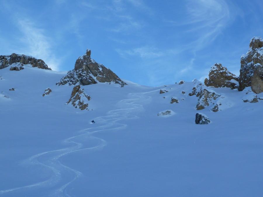 Off Piste Skiing. Eagle Ski Club, British Guide